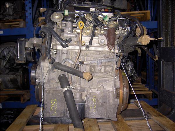 despiece motor toyota yaris 14 d 4d foto 2