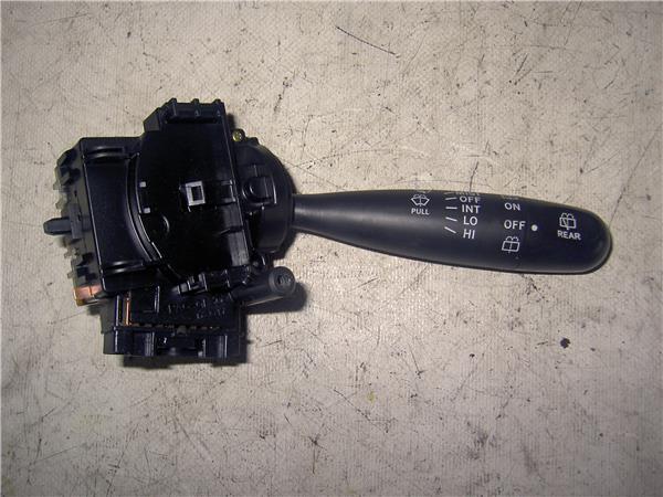 mando limpiaparabrisas toyota yaris 14 d 4d foto 1