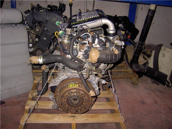 despiece motor toyota yaris 14 d 4d foto 1