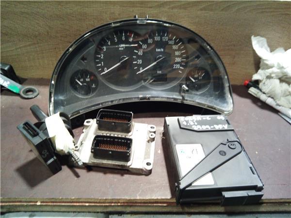 centralita check control opel corsa c 12 twin foto 1